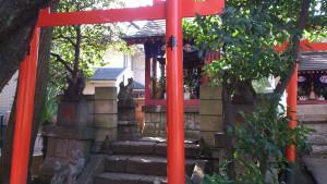 本郷氷川神社 境内社 稲荷神社 左