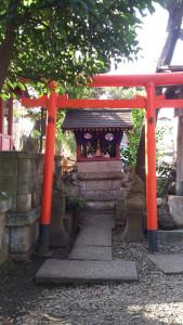 本郷氷川神社 境内社 稲荷神社 中央