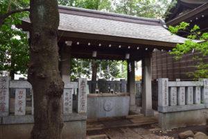 神明氷川神社 手水舎