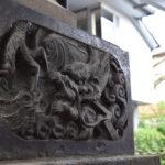 神明氷川神社 燈籠 浮彫