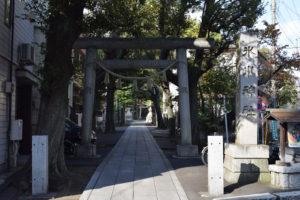 東中野氷川神社 鳥居1