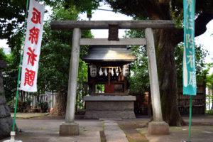 上高田氷川神社 境内神社